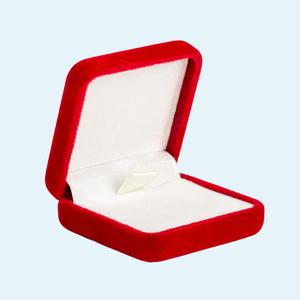 Без свадьбы женаты: Надо ли сожительство приравнивать к браку