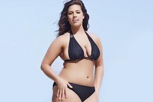 В журнале Sports Illustrated впервые появится модель plus size в бикини