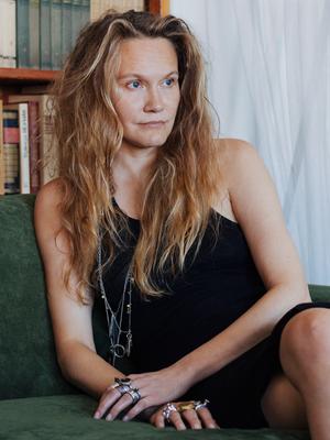 Архитектор Наталья Белоногова у себя в гостиной