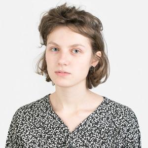 PR-менеджер Аня Наумова об отказе от макияжа и любимой косметике
