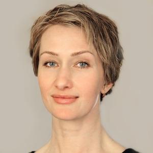 Писательница Би Роллат  о памятниках женщинам, Джейн Остин и фемпрозе
