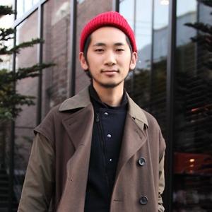 Красные шапки и бархатные ботинки на улицах Токио
