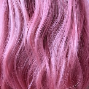 Розовый кварц: Самое интересное окрашивание осени