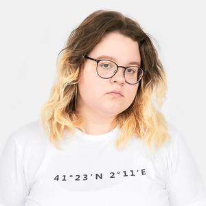 Киберактивистка Аня Зенькович о полноте и любимой косметике