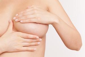 Allergan отзывает грудные имплантаты из-за риска лимфомы