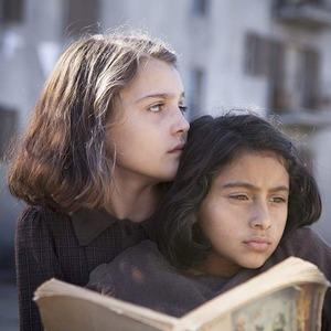 «Моя гениальная подруга»: Токсичная дружба и итальянские страсти в сериале HBO
