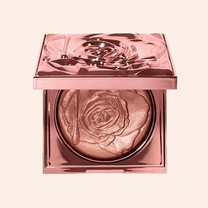 Ювелирные оттенки: 14 средств цвета золота для роскошного макияжа