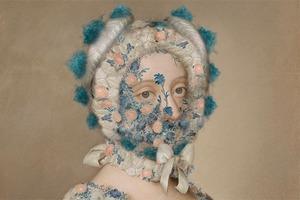 На кого подписаться: Инстаграм, надевающий маски на персонажей картин