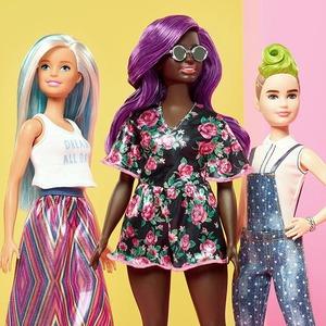 Барби: Почему время главной куклы планеты прошло, как бы она ни старалась