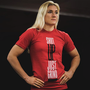 «Победа над соперником важнее титула»: Я боец женского ММА