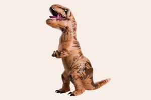 В США на ипподроме устроили марафон тираннозавров