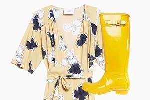 Комбо: Платье с резиновыми сапогами