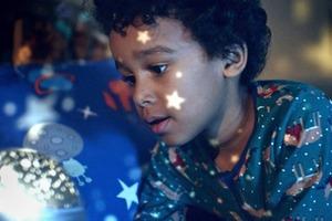Видео дня: рождественский ролик John Lewis о добром монстре