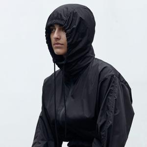 Ветровка: Главная верхняя одежда осени