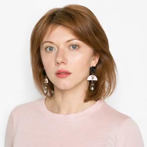 Куратор JSKT Майя Стравинская об инъекциях и любимой косметике