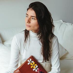 Katya Komarova: Как я стала дизайнером сумок в Австралии