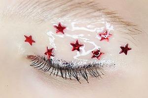 На кого подписаться: Российский инстаграм MAC Cosmetics