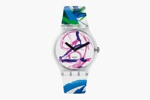 Часы Swatch, разрисованные свинкой