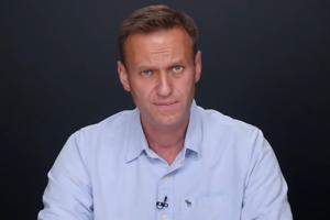 Врач Навального настаивает на госпитализации политика