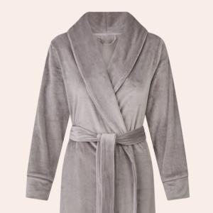Уютная домашняя одежда для холодов: Больше 30 вещей от простых до роскошных