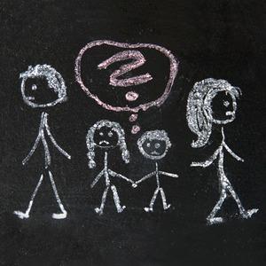 «Я всех люблю издалека»: Взрослые люди о разводе родителей