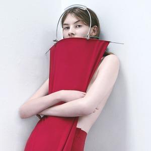 Marta Jakubowski: Лаконичная одежда  чистых цветов