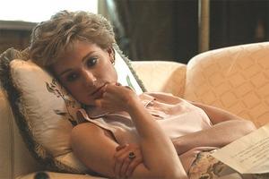 Netflix опубликовал первый кадр с Элизабет Дебики в роли принцессы Дианы