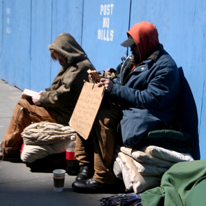 Обратный билет: Как бездомные возвращаются в общество