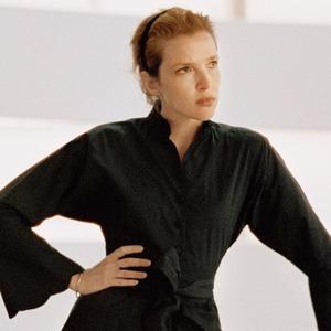 Феномен Batsheva: Платья «хорошей жены», которые носят голливудские звёзды и феминистки