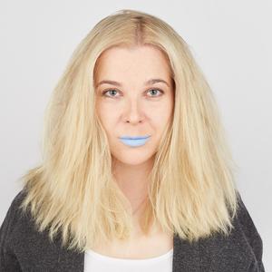 Парфюмерный блогер Марьяна Рыжаускас о травле и любимой косметике