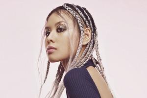 Birdie показали лукбук модных причёсок для волос разной длины