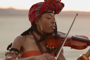 Новое имя: Скрипачка и поп-артистка Sudan Archives