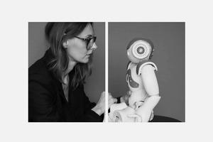 В рекламе Rodebjer снялась профессор робототехники