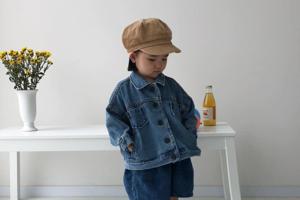 На кого подписаться: Юная модница инстаграма Аинини
