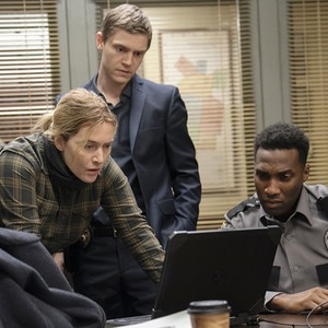 Сериал «Мейр из Исттауна»: Кейт Уинслет переживает горе и расследует убийство