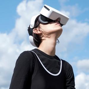 «Я сожгла паспорт в VR-очках»: Катрин Ненашева об акционизме и изоляции