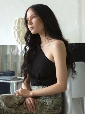 Соосновательница проекта 01001011 Studio  Анастасия Млинарич  и её студия в Москве