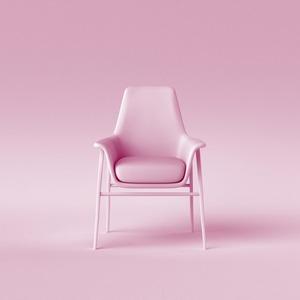 «Женщина в кресле»