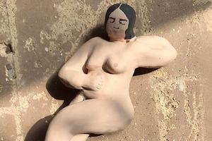 На кого подписаться: Бодипозитивная керамика Джулии Бэлленджер