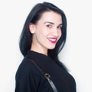 Артистка бурлеска Аня Павлова о любимой работе и косметике