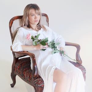 Забытый букет и барабаны: Как выходят замуж современные невесты