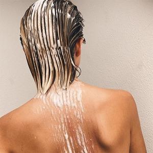 Как сделать так, чтобы окрашивание волос дольше радовало глаз: Объясняют стилисты