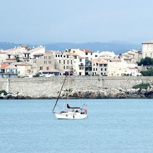 От Генуи до Марселя: Как отдохнуть на Лазурном берегу и не разориться