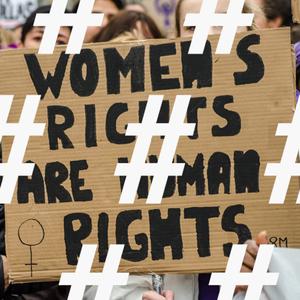 #Местоженщины: 15 главных хештегов года о правах и достоинстве