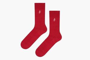Идеальные носки  JW Anderson x Uniqlo  с маленьким логотипом
