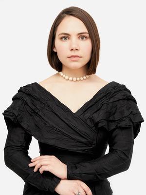 Основательница винтажного магазина More is More Аня Кольцова о любимых нарядах