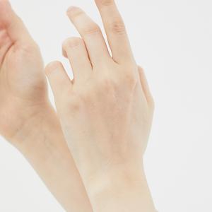 «Просто особенность»: Как восстановить отношения со своей кожей