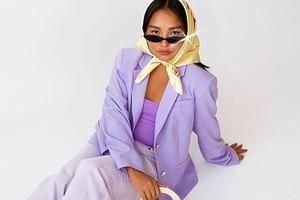 Собака-инфлюэнсер Буби Билли запустила свой модный бренд (для людей)