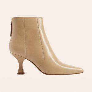 Обувь на каблуке-рюмочке: 10 пар от простых до роскошных
