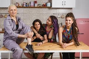 «ВкусВилл» опубликовал рекламу с квир-семьёй
